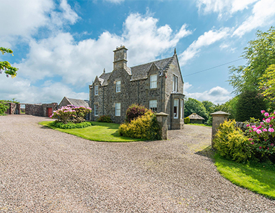 Farmhouse on historical land to go under the hammer