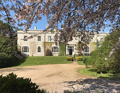 Lavish London mansion up for raffle for just £13.50